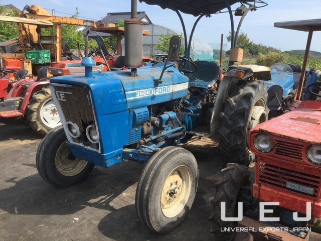 314917 TRACTOR FORD 3600