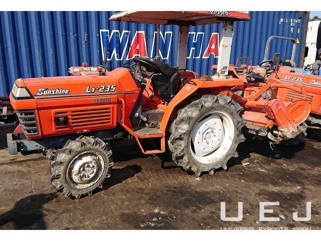 90040 TRACTOR KUBOTAL1-235D